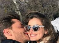 Camila Queiroz e Klebber Toledo rebatem críticas após foto de beijo: 'Dá pena'