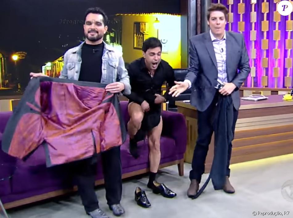Zezé Di Camargo tira calça em programa na TV e Luciano dispara   Você tá 2ee0b7064d
