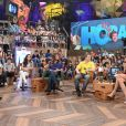 Isabelli Fontana participou do 'Altas Horas' especial pelo Dia das Crianças