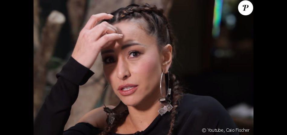Sabrina Sato revelou que irá retirar a pinta da testa, sua marca  registrada   Uma hora eu vou arrancar esse carrapato  b76398e6b8
