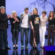A família de Claudia Leitte soltou a voz no palco do 'Tamanho Família'