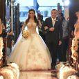 Ex-BBBs Kamilla Salgado subiu ao altar acompanhada do pai,Luís Salgado