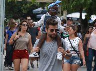 Bruno Gagliasso se diverte ao passear com a filha, Titi, cheia de estilo. Fotos!