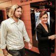 Vladimir Brichta não vê dificuldade em trabalhar com a mulher, Adriana Esteves