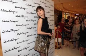 Maria Casadevall prestigia evento e fala sobre moda: 'Aprendendo a cada dia'