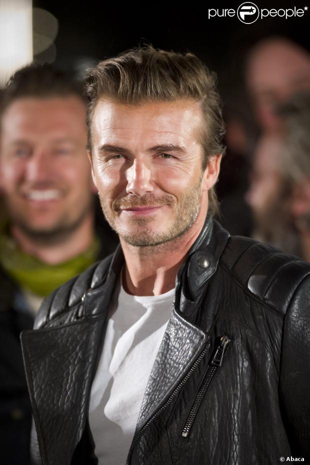 David Beckham afirmou que se emociona ao assistir filmes e seriados como 'Friends' e 'The Office'. O ex-jogador de futebol deu uma entrevista à rádio BBC afirmando que ficou emocionado ao mostrar um documentário do seu antigo clube aos filhos