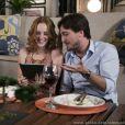 Priscila (Laila Zaid) e Marcelo (Igor Angelkorte) se beijam, em 'Além do Horizonte'