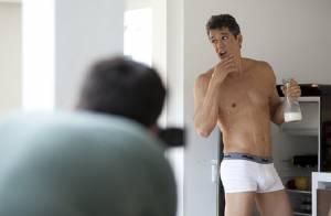 Márcio Garcia, aos 43 anos, posa só de cueca para campanha publicitária