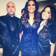 Anitta posa no Prêmio Multishow com os novos amigos, Ivete Sangalo e Paulo gustavo