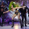 Lady Gaga pediu para que os fãs abram seus corações para ela