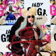 Lady Gaga finaliza a carta aberta se declarando aos fãs: 'Vocês são o meu mundo inteiro'