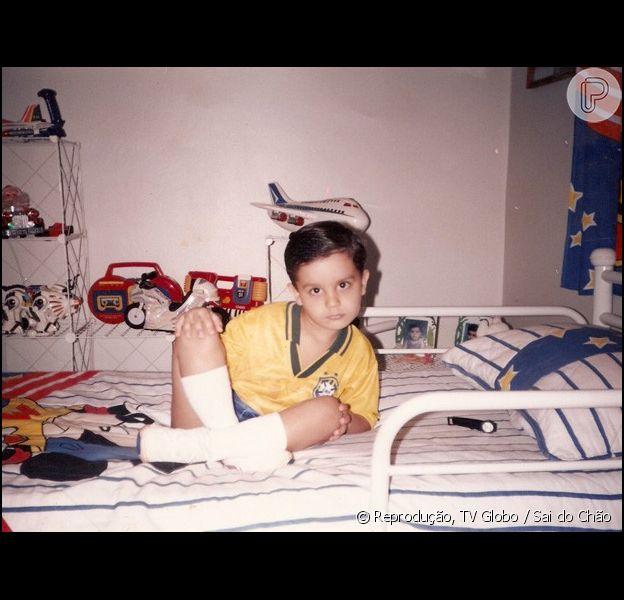 Luan Santana abriu o seu álbum de infância para o site oficial do programa 'Sai do Chão'