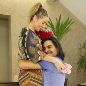 André Gonçalves elege cena preferida em clipe com mulher: 'Dani Winits grávida'