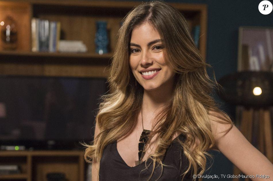 Grávida de três meses do primeiro filho, Bruna Hamú segue em novela 'A Lei do Amor'