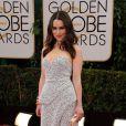 Emilia Clarkeusou um vestido da grife Proenza Schouler no Globo de Ouro 2014