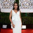 Kerry Washingtonusou um vestido da grife Balenciaga no Globo de Ouro 2014