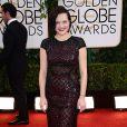 Elisabeth Mossusou um vestido da grife J. Mendel no Globo de Ouro 2014