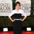 Julia Robertsusou uma produção da grife Dolce & Gabbana no Globo de Ouro 2014