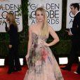 Kaley Cuocousou um vestido da grife Rani Zakhem no Globo de Ouro 2014