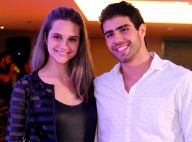 Juliano Laham ganha bolo de aniversário da namorada, Juliana Paiva: 'Surpresa!'