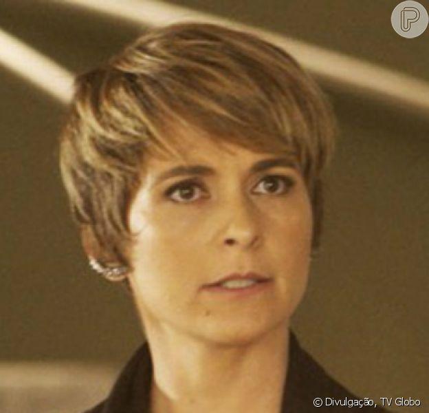 Helô (Claudia Abreu) fica entre a vida e a morte após sofrer parada cardíaca durante operação, nos próximos capítulos da novela 'A Lei do Amor'