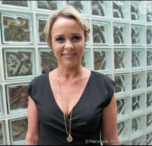 Depressão afasta Giulia Gam da próxima novela das 6, 'Novo Mundo', diz colunista no programa 'Fofocalizando' nesta terça-feira, dia 31 de janeiro de 2017