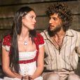 Na novela 'Novo Mundo' Anna (Isabelle Drummond) e Joaquim (Chay Suede) se conhecem no navio que traz a corte ao Brasil