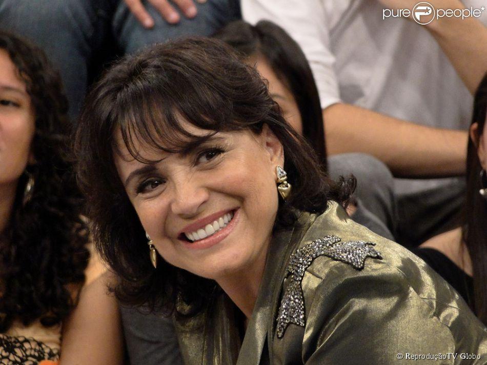 Regina Duarte completa 67 anos nesta quarta-feira, 05 de Fevereiro de 2014