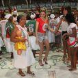 Bárbara Evans participa do ensaio da Grande Rio, na quadra da escola, em Duque de Caxias, na Baixada Fluminense, em 4 de fevereiro de 2014