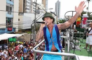 Após quatro meses internado, cantor Netinho volta ao palcos ainda neste mês