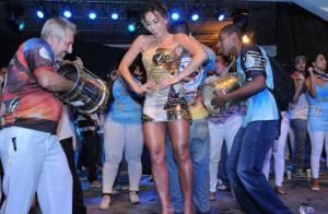 Sabrina Sato mostra o corpão e o samba no pé no ensaio da Unidos de Vila Isabel