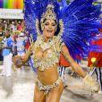 Aline Riscado, dançarina do 'Domingão do Faustão', evolui na Marquês de Sapucaí na segunda noite de desfiles, neste sábado, 1 de março de 2014