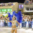 Aline Riscado, dançarina do 'Domingão do Faustão', usou fantasia avaliada em R$ 50 mil toda em azul e branca, representando a Sedução da Lapa