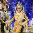 Aline Riscado, dançarina do 'Domingão do Faustão', brilha em desfile da Caprichosos de Pilares como rainha de bateria na noite deste sábado, 1 de março de 2014