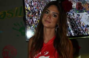 Thaila Ayala assiste aos desfiles do Rio após curtir Carnaval de SP e Salvador
