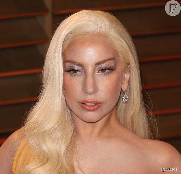 """Depois de apresentação chocante, petição criada no site Care2 pede que Lady Gaga pare de """"glamurizar a bulimia"""""""