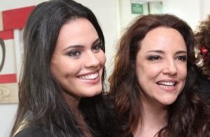 Ana Carolina revela noivado com Letícia Lima e vontade de filhos: 'Ela decide'