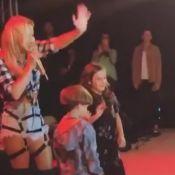 Claudia Leitte canta com filho Rafael, de 4 anos, em show: 'Ficou tímido'