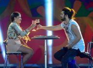 Luan Santana tem jantar romântico com fã no palco de show em festival de música