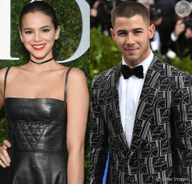 Bruna Marquezine troca curtidas com Nick Jonas no Instagram