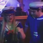 Marília Mendonça e noivo, Yugnir Ângelo, curtem festa fantasiados de marinheiros