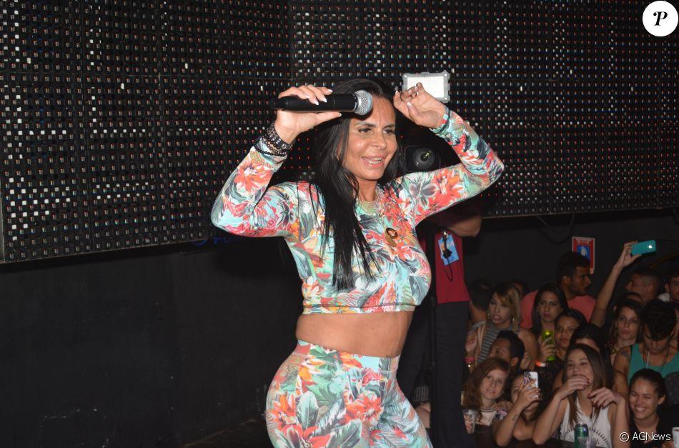 Gretchen balança novamente a internet ao som de música latina
