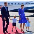 William, George, Kate Middleton e Charlotte estão fazendo a segunda viagem oficial da família