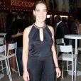 Adriana Birolli apostou no preto para a coletiva de 'Belaventura'