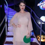 Rayanne Morais usa batom e bolsa de cor em evento de novela. Veja mais looks!