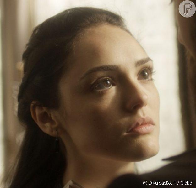 'Novo Mundo': Anna (Isabelle Drummond) enfrenta Thomas (Gabriel Braga Nunes) em uma audiência na embaixada inglesa