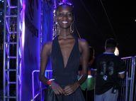 Modelo Mahany Pery curte festival de música antes de sua estreia em Nova York