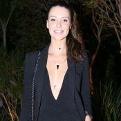 Camila Rodrigues exalta corpo ao usar decotão: 'Adoro os meus peitos pequenos'