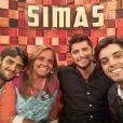 Bruno Gissoni, Rodrigo Simas e Felipe Simas são irmãos. O trio fez sucesso ao aparecer junto no programa 'Tamanho Família', da Globo
