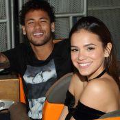 Bruna Marquezine nega proposta do ex Neymar: 'Não fui pedida em casamento'